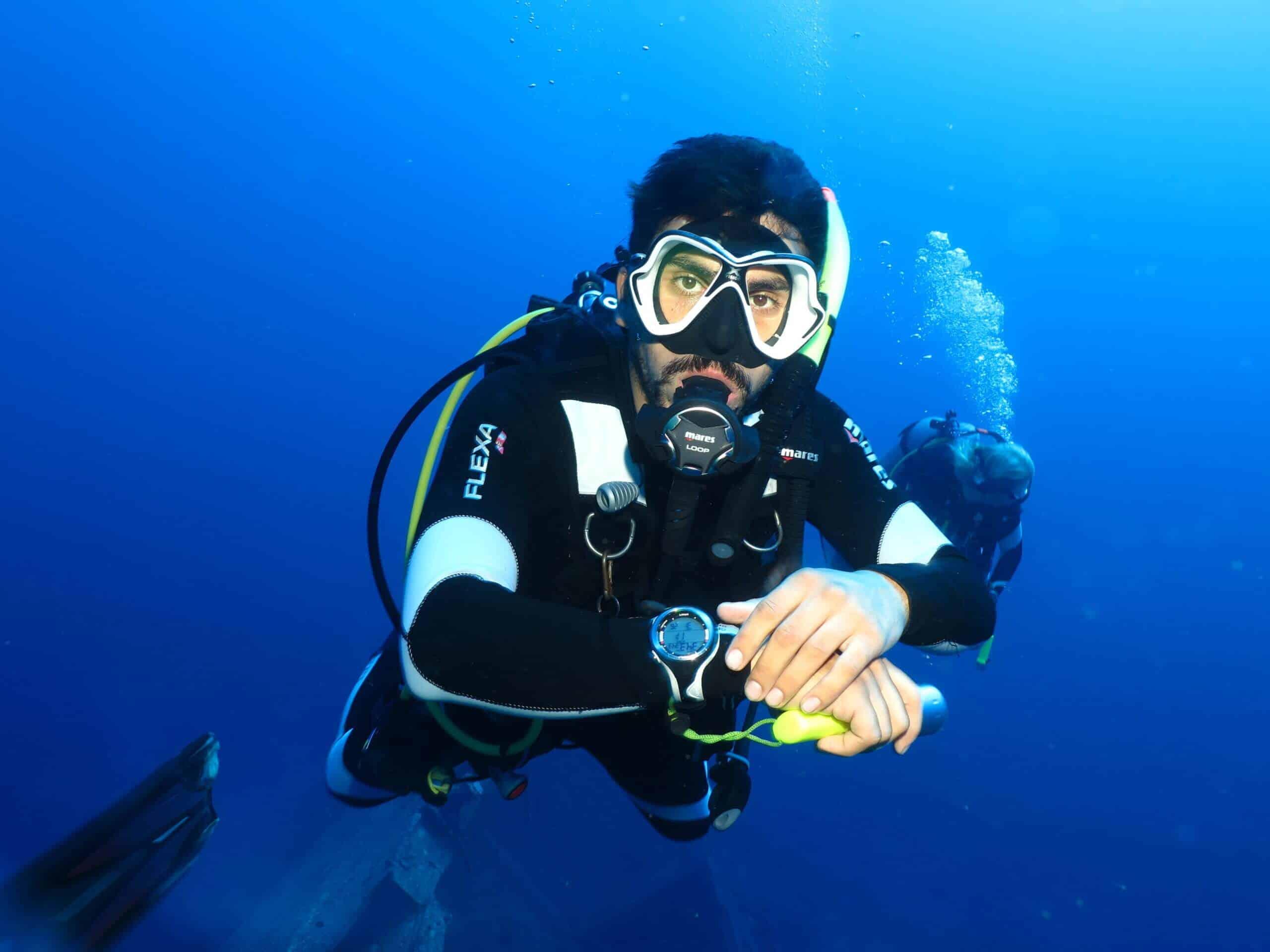 Al Shorouk wreck, facts about scuba diving